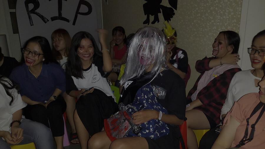 le hoi hoa trang halloween tai anh ngu uec da nang 5 - Lễ Hội Hóa Trang và Trao Giải Cuộc Thi Rùng Rợn Halloween UEC