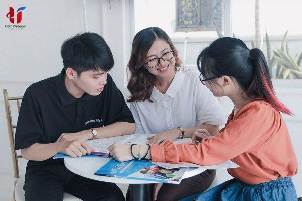 Anh ngu uec viet nam - Anh ngữ UEC Việt Nam - Trung tâm luyện thi và học IELTS - Học IELTS - Luyện thi IELTS ở tại Đà Nẵng - Anh Ngữ UEC